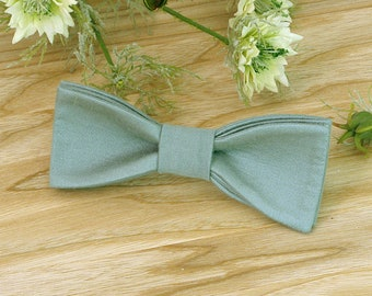 4ba56d6e1de2 Bow Tie Pale Jade Green Sage Green Bow Tie WEDDING COLOR 2019 Galapagos  Green Classic Bow Tie Wedding Bow Tie Granite Green SALE