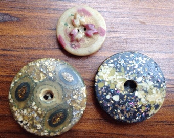 Lot of 3 Vintage Composition Buttons-Molded-Glitter