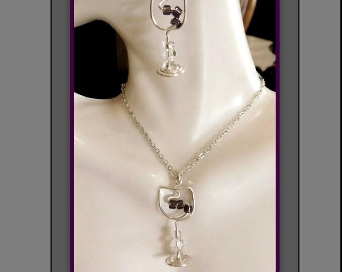 mother gift - wine jewelry - wine lovers gift,wife gift, girlfriend gift,garnet, birthstone jewelry,wine lover,hostess gift,bartender