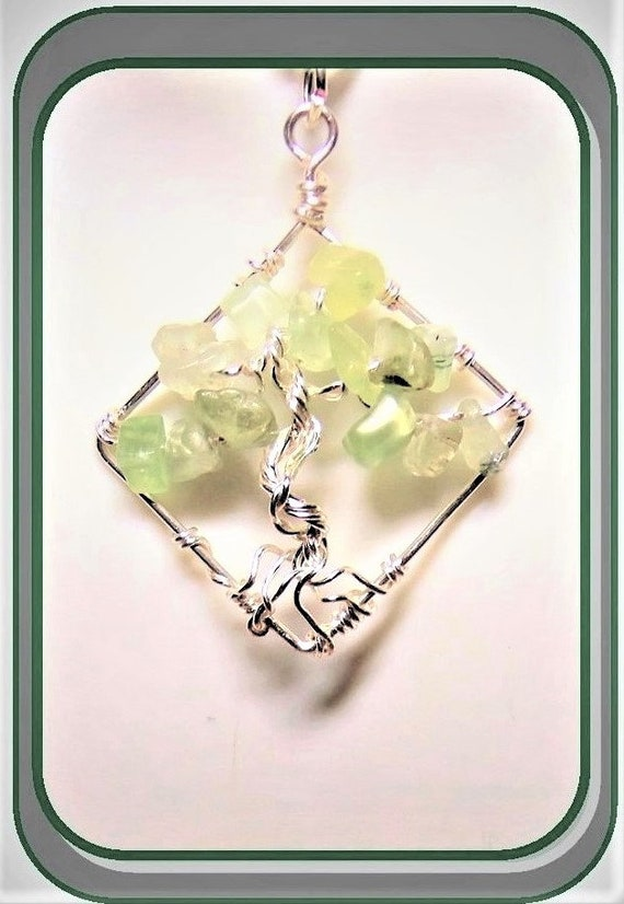 Peridot, mother gift, wife gift, birthstone tree, tree of life, necklace, daughter, tree of life, family birthstone necklace