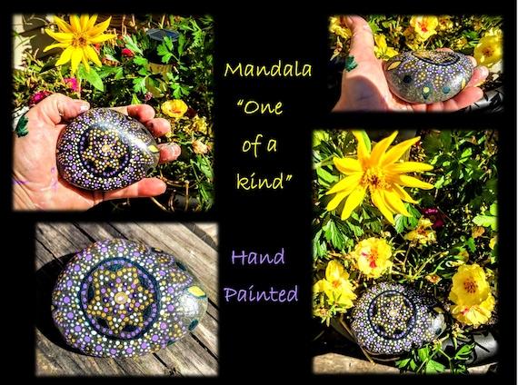 mandala,zen, rock, hand painted, meditation, gift,  healing , healing bracelet,, copper jewelry,, amber jewelry, amber bracelet, zen, gems