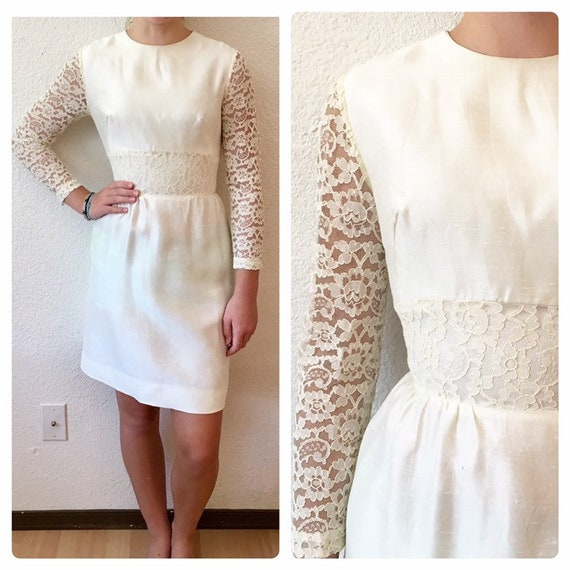 Vintage 60s Mod GoGo White Lace Sleeve Mini Weddin