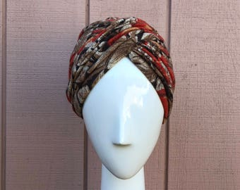 60s Wool Turban. Excellent conditions beautifully Made in Italy.