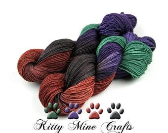 Splendor DK Yarn - 275yds/ 251m - BFL, Tussah Silk, and Gold Stellina  - Sparkle Yarn - Knitting, Crochet