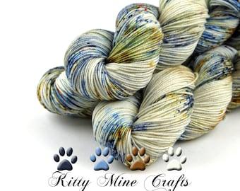 Snowdrift Sport Yarn, 85/15 Superfine Merino/ Cultivated Silk - 325yds/ 297m - Phat Fiber Winter Wonderland - Luxury Yarn - Blue, Rust