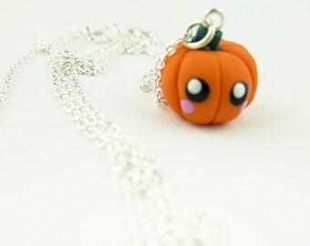 1x Pumpkin necklace