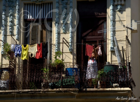 Cuban Lady hanging her laundry in Havana (PR) (canvas)
