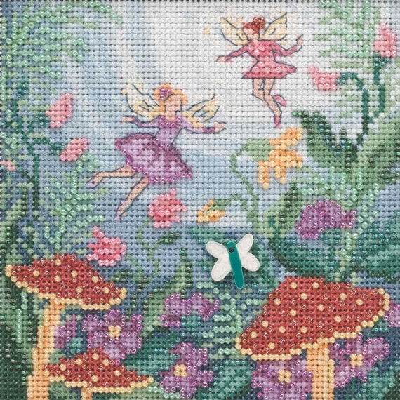 Water Pump Beaded Counted Cross Stitch Kit Mill Hill 2020 Buttons /& Beads Autumn MH142021