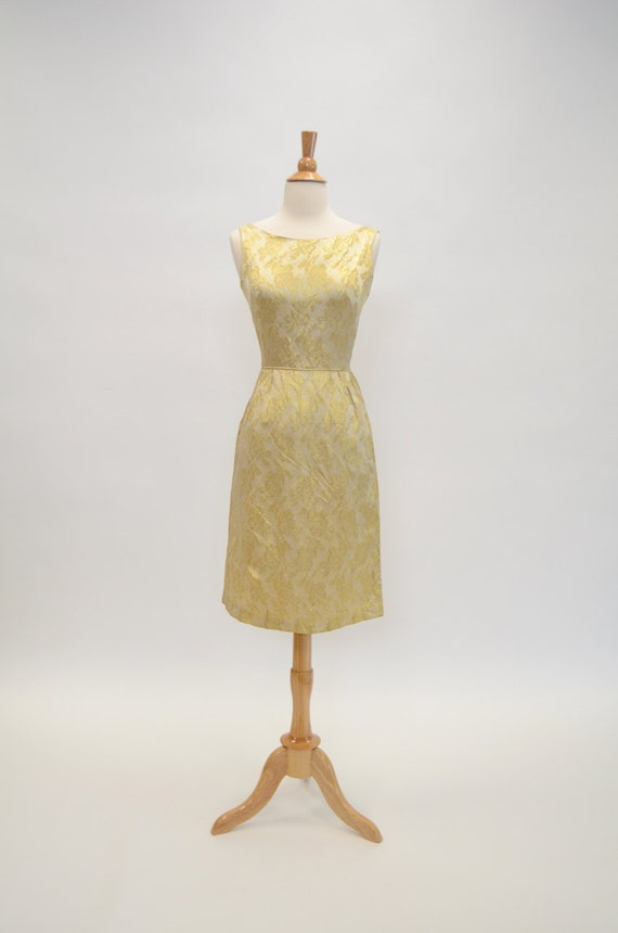 Vintage 50s 60s Champagne Gold Brocade Evening Coc