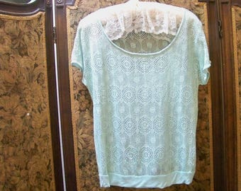 Lace Over Blouse In Soft Seafoam Green - Size Medium - Red Dirt Girl - 411H