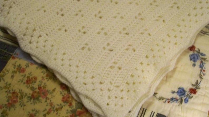 Cecelia-Marie 247 Baby Afghan  Lap Afghan 32/'/' X 44/'/'