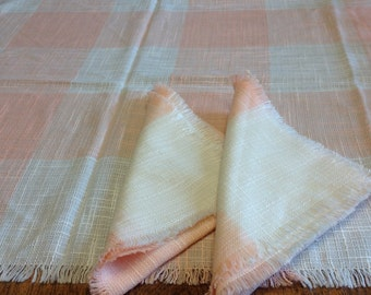 Vintage Peach and White Tablecloth With Two Matching Napkins