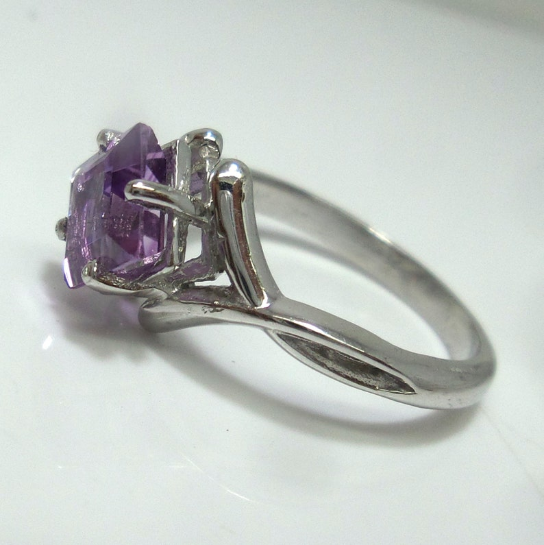 925 Sterling Silver Ring February Birthstone Rings 7 MM Natural AAA Quality Amethyst Ring Square Shape Gemstone Engagement Ring