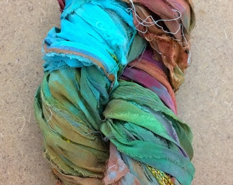 Sari Silk Chiffon Ribbon with minimal Lace Inclusions, Hand Dyed Silk Chiffon Ribbon, Sari Ribbon, ref.118