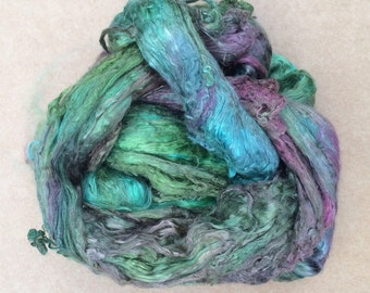 Hand Dyed Grade A1 Mulberry Silk Brick, Spinning, Feltmaking, Colour No.09  Apple