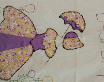 Sunbonnet Sue Appliqued and Embroidered Laundry Bag