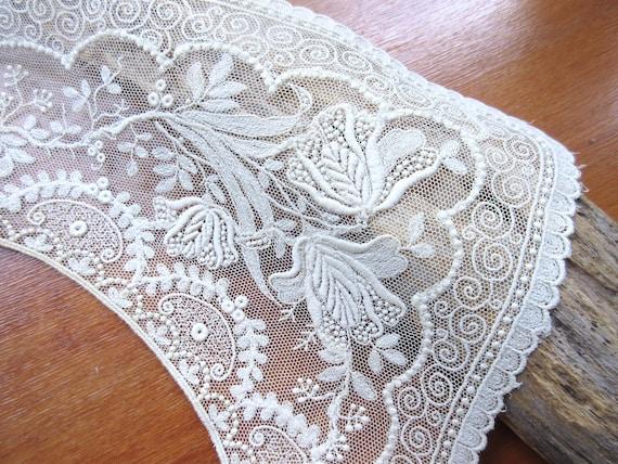 Antique  Collar  Vintage Collar  Embroidered Beig… - image 1