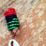 Loc Jewelry Afro-American Seashell  1pc red green black