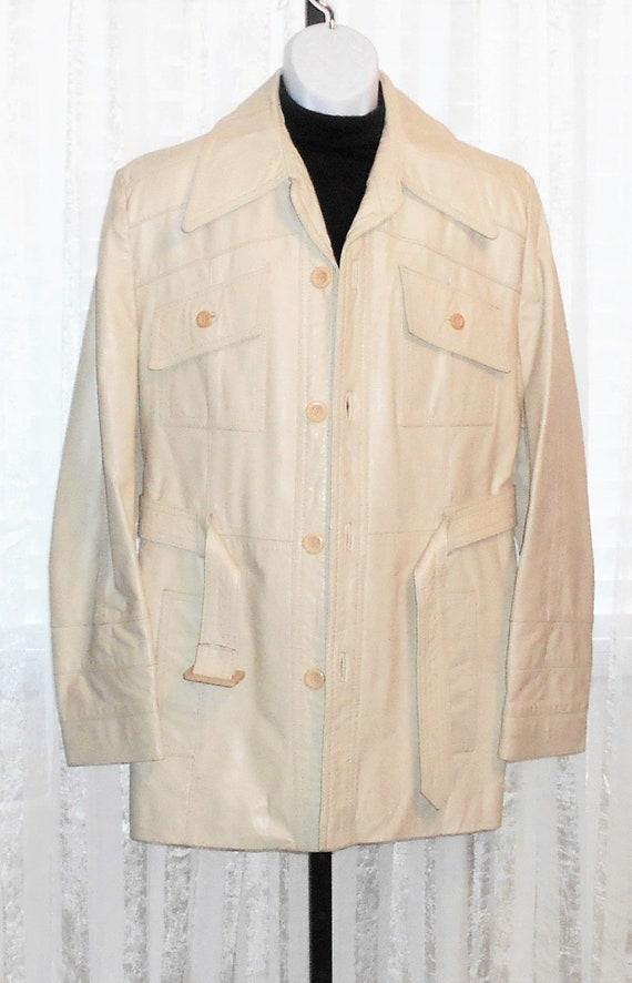 Vintage Virany Beige Leather Button Front Belted C