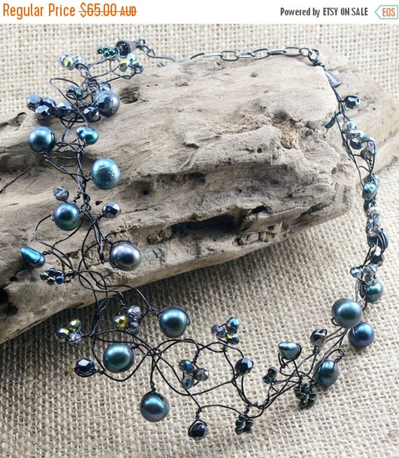 Black wire Peacock pearls luminous teal green Czech faceted glass| Gift for Her Wirework Floating Necklace 30/% OFF PEARL LACE