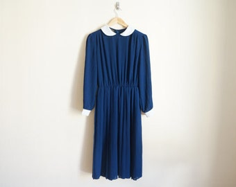 Vintage 1960s Dress / Peter Pan Collar Dress