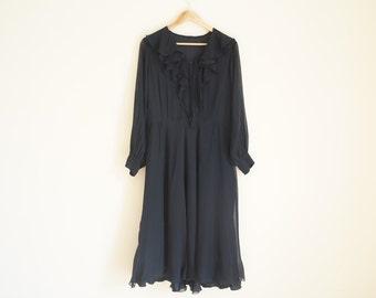 Vintage Black Dress / Vintage Ruffle Dress