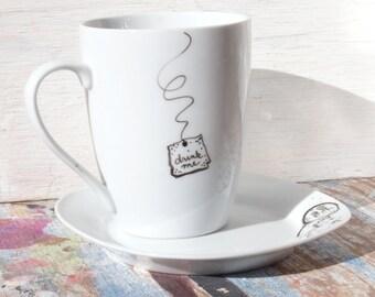 "FREE SHIPPING -  ""Drink Me"" Mug and ""Eat Me"" Saucer Dessert Dish set (( the original )) Alice in Wonderland"