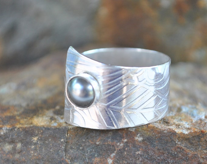 Sterling silver and pearl adjustable ring, textured metal, boho, wide band, leaf design, sterling jewelry, handcrafted