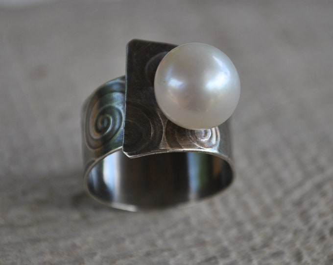 Sterling silver and large pearl adjustable ring, textured metal, boho, wide band, swirl design, sterling jewelry, handcrafted