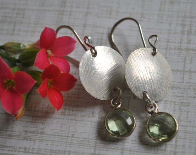 Sterling silver dangling earrings, textured metal earrings, green, artisan earrings
