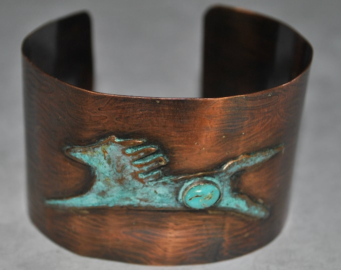 Horse lover's Southwestern style Rustic copper cuff with genuine turquoise stone, handcrafted copper bracelet, metal work, boho, unisex