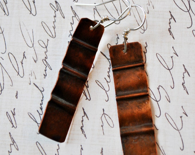 Copper dangling earrings, form folded metal earrings, rustic earrings, artisan earrings