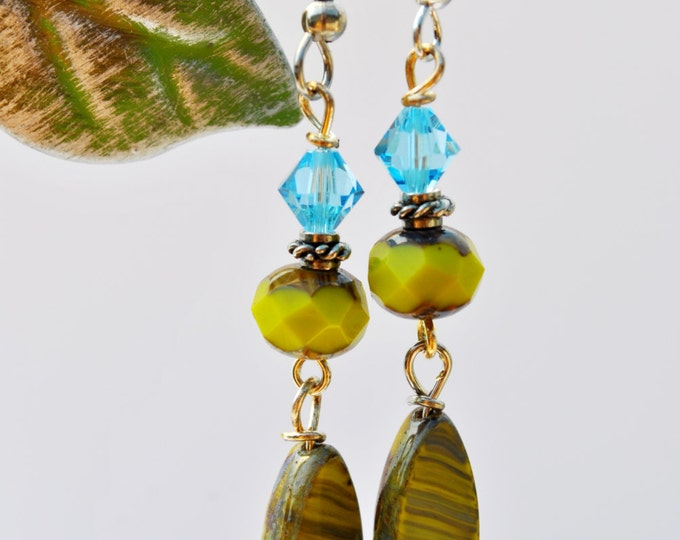 Fun chartruese and aqua blue Czech glass and silvertone Earrings