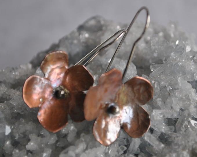 Flower copper dangling earrings, textured metal earrings, rustic earrings, artisan earrings