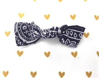 Bowdana Knot Bow (Nautical Navy)