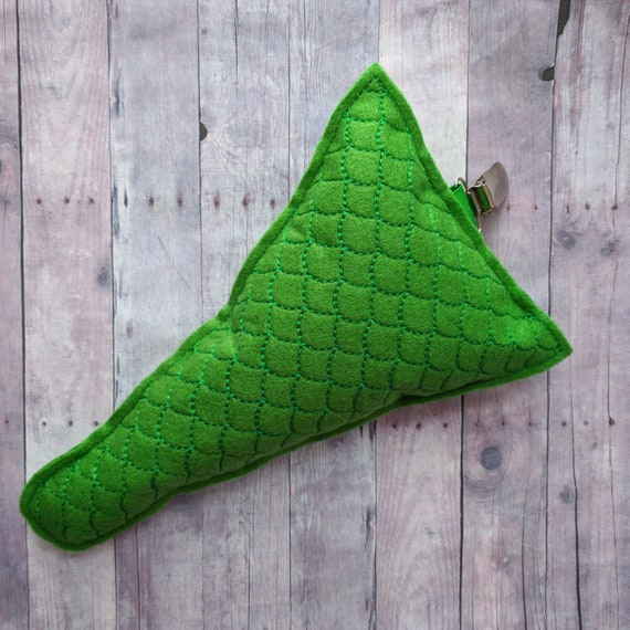 Clip On Lizard Tail In 4 Sizes, Green Acrylic Felt With Metal Clip, Clips To Pants Or Shirt, Halloween Costume, Dress Up, Photo Prop by Etsy