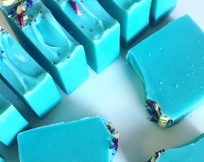 SWEET GARDEN - Handmade Moisturizing Shea Butter Soap