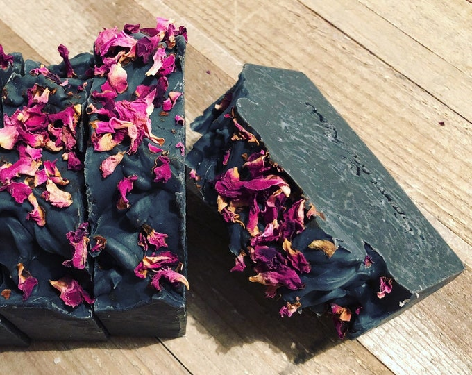 BLACK ROSE - Shea Butter and Essential Oils Charcoal Soap