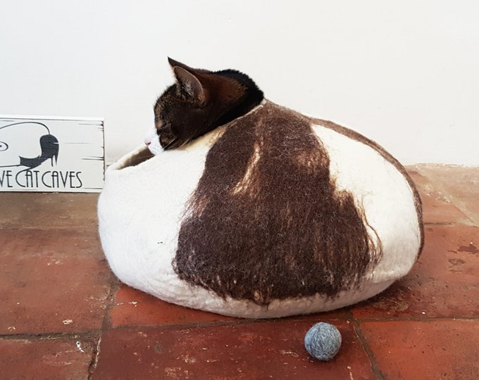 Cat Bed Cat Cave Cat House Hand Felted Wool with FREE Ball
