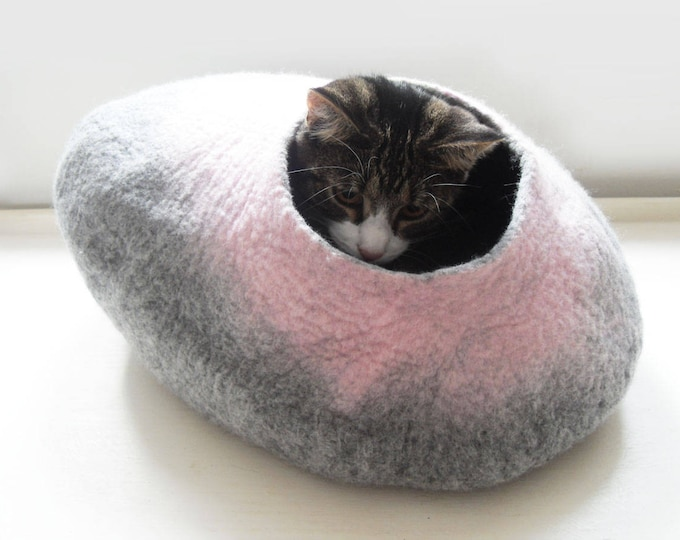 Larger Cat Bed Cat Cave Cat House in Grey and Pink Felted - Free Cat Ball