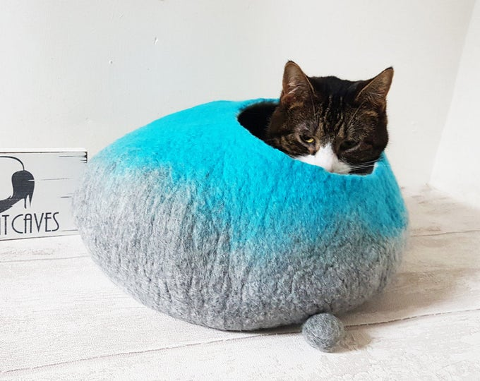 Cat Bed Cat Cave Cat nap cocoon House Felted Wool with FREE Ball - Medium or small