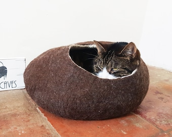 Larger sizes natural Cat Bed Cat Cave Cat House Brown & White Felted with Free Ball