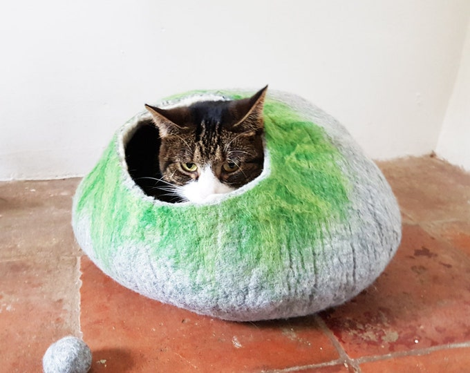 Cat Bed Cat Cave Cat House cat nap cocoon Free Ball - Medium in grey and green tones