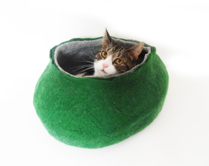 Cat Bed House Basket natural grey and green