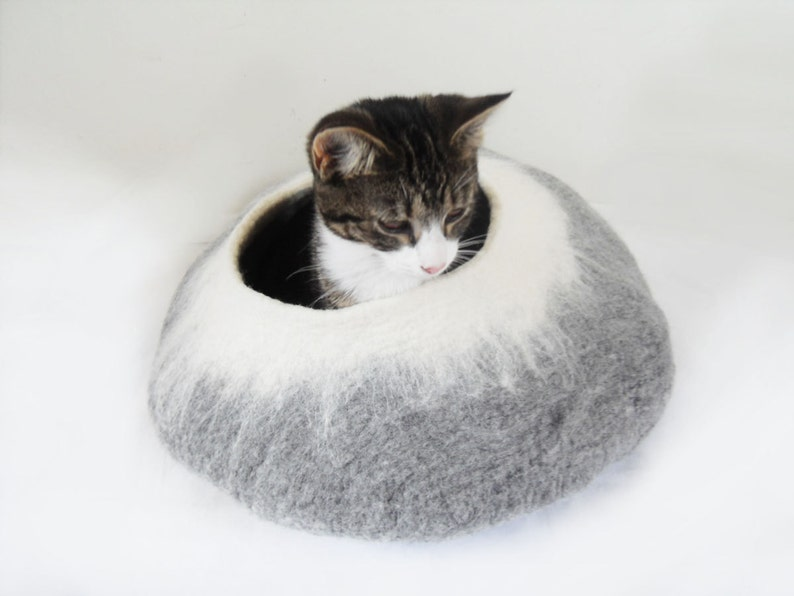 Cat Bed Cave Cocoon House grey white with Free Cat Ball image 0
