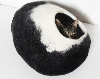 Black Darkness XLarge Cat Bed Cat Cave Cat House Felted - Free Cat Ball