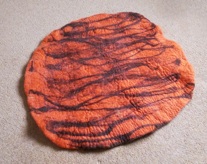 Cat Bed, Cat Mat, Pet Bed rug handmade 100% wool in orange and brown