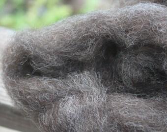 Romney fleece wool roving natural black 8oz