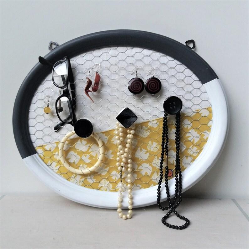 Jewelry holder and Organizer  Earrings holder in Handmade image 0