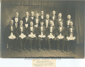 Brooklyn New York masonic group in reagalia uniforms antique photo